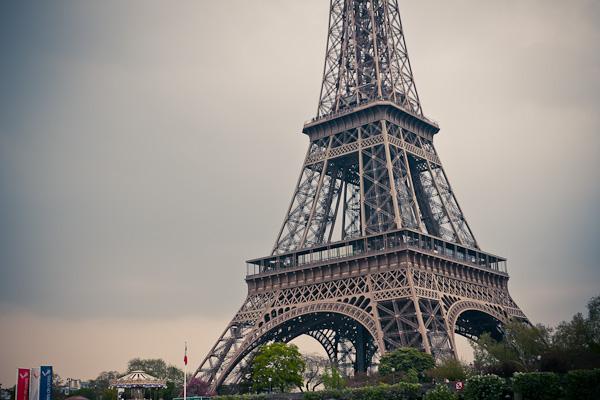 13-Eiffelturm-01-2